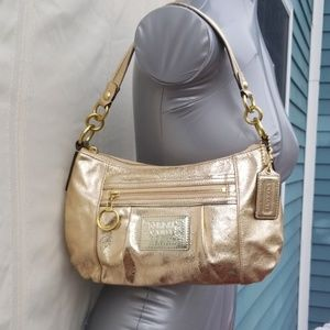 Coach leather shoulder bag with detachable strap